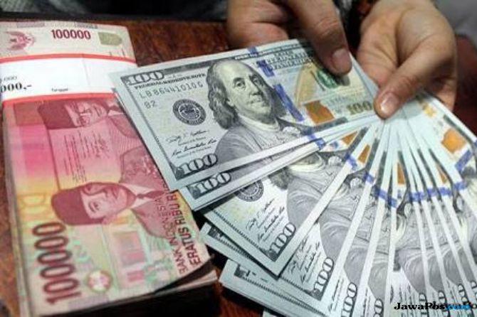 Menguat 30 Poin, Rupiah Balik ke Level Rp 14.300 per USD