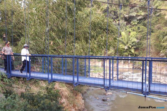 Menlu Resmikan Jembatan Diplomasi di Garut