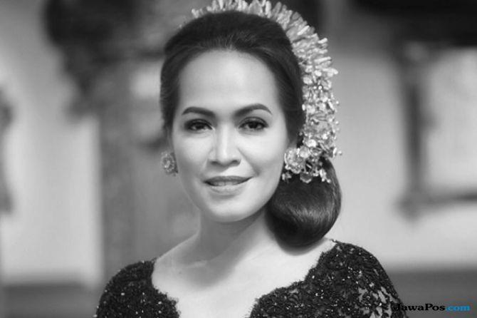 'Merajut Nusantara', Desainer Vera Anggraeni Hadirkan Kebaya Papua