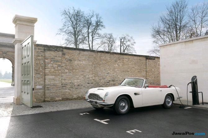 Mobil Klasik Aston Martin Penenggak Anggur Siap Jadi Mobil Listrik