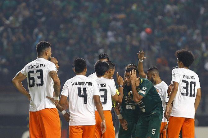 Naturalisasi Belum Beres, Otavio Dutra Tertunda Bela Timnas Indonesia