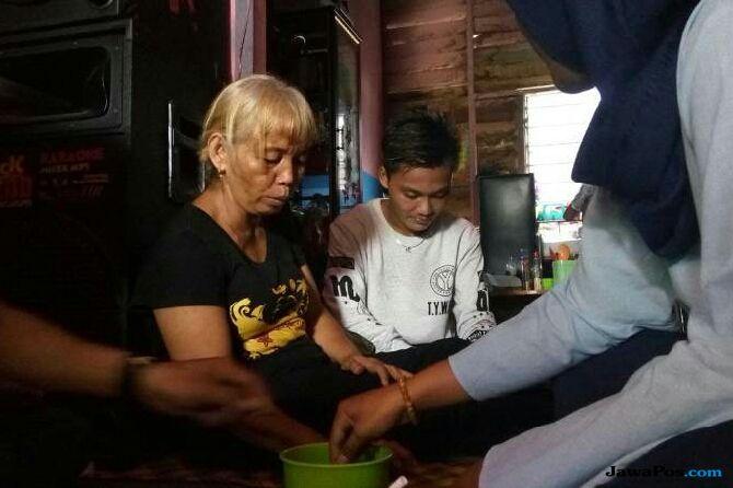 Nenek 10 Cucu Nikahi Pemuda Ganteng 24 Tahun