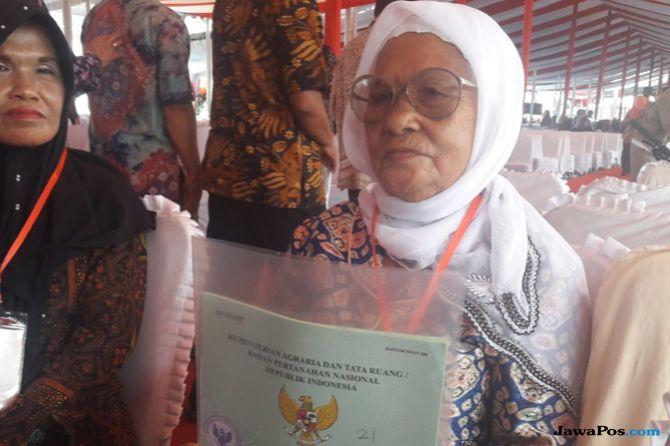 Nenek Ida Berbisik Ingin Naik Haji, Jokowi Jawab Begini