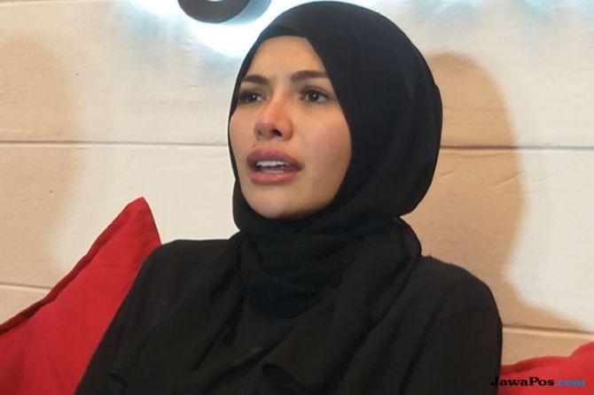 Nikita Mirzani: Kirain Cuma Ada di FTV, Kok Menimpa Saya