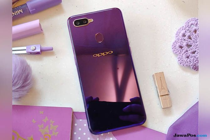 Oppo Rilis Varian Warna Baru F9 Starry Purple Berkilau Banget