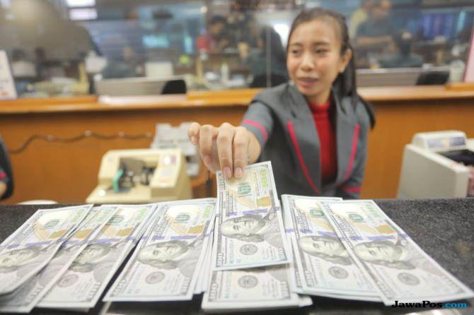 Optimisme Pemerintah Hingga Rating Fitch Bisa Dorong Rupiah Menguat?
