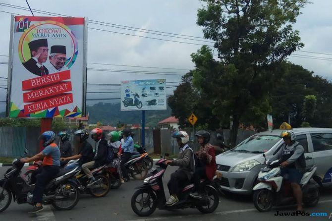 Padang Dibanjiri Wajah Jokowi-Ma'ruf, Pengamat Bilang Begini