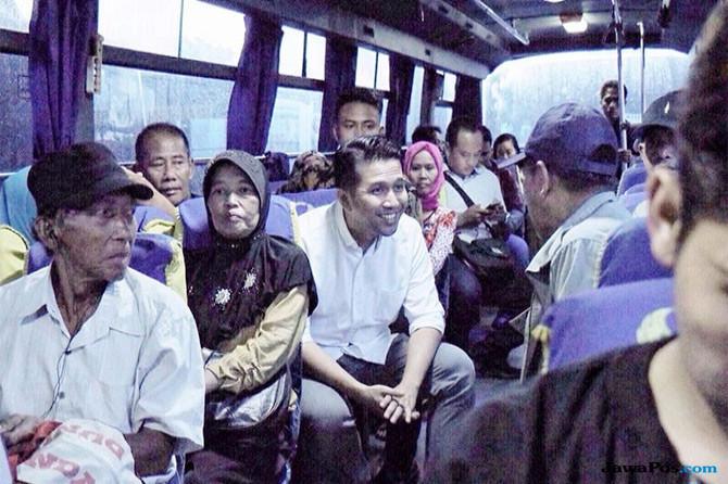 Pahami Transportasi Jatim, Emil Blusukan di Terminal Bungurasih