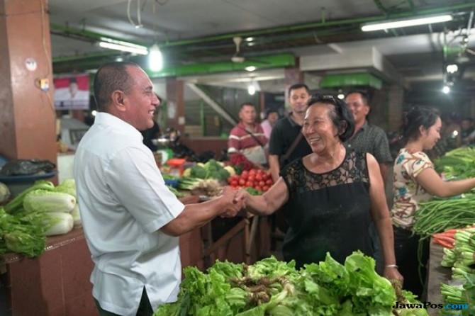 Pedagang Histeris Lihat Edy Rahmayadi Belanja di Pasar Petisah e9599a61a5