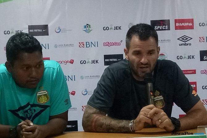 Bhayangkara FC, Persipura Jayapura, Liga 1 2018, Simon McMenemy