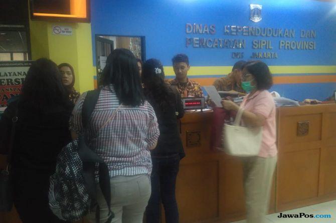 Pembuatan KK di Jakarta Akan Dimutahirkan, Kolom Pernikahan Tercatat