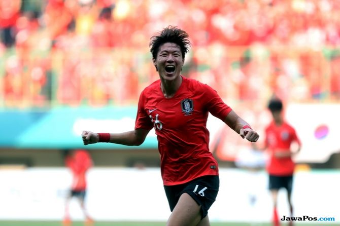 Asian Games 2018, Sepak Bola Asian Games 2018, Korea Selatan, Uzbekistan, Hwang Ui-jo, Hwang Hee-chan