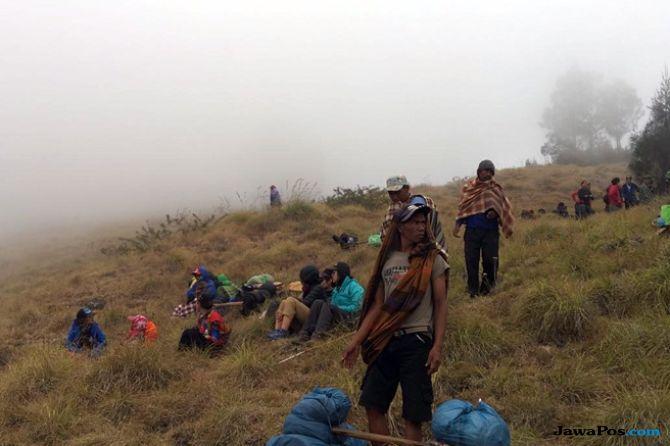 Pengalaman Dramatis Pendaki Terjebak di Gunung Rinjani (2-Habis)