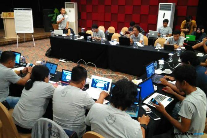 Perangi Informasi Hoaks, 25 Jurnalis Sumbar Dilatih AJI dan Google