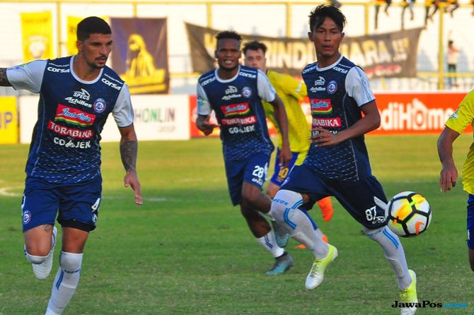 Arema FC, Liga 1 2018, Persib Bandung