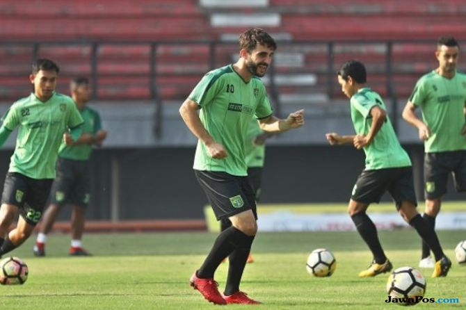 Persebaya Surabaya, Arema FC, Liga 1 2018, Djadjang Nurdjaman