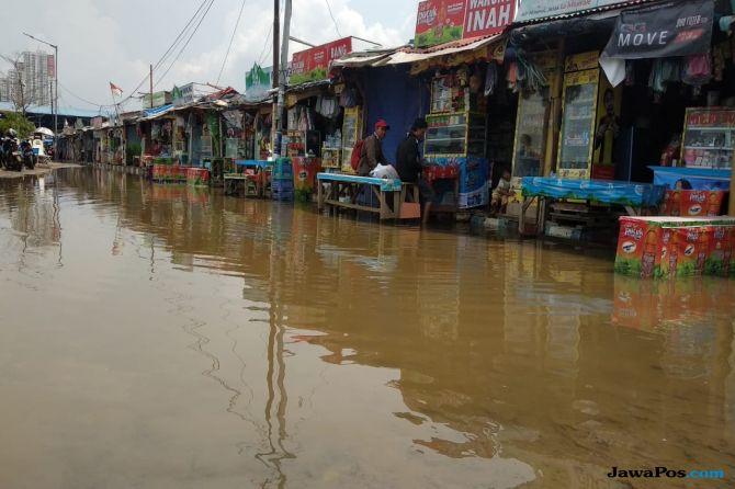 Pesisir Jakarta Utara Banjir Rob, Pak Anies Mana Karung dan Pompanya?