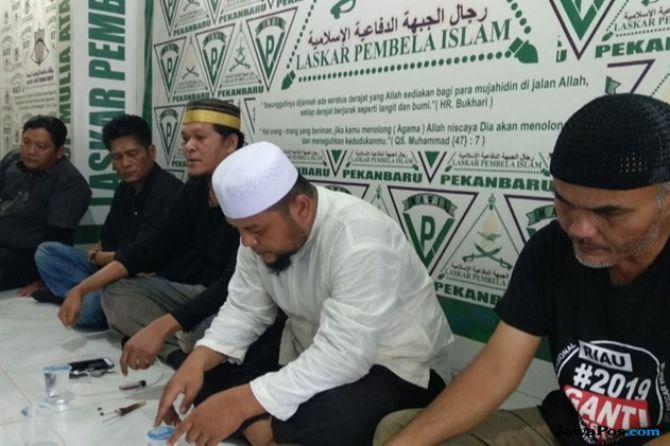 Polda Riau Tunggu Laporan Polisi Atas Penghinaan UAS