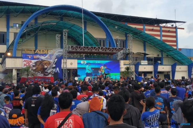 Arema FC, Perseru Serui, Liga 1 2018, Aremania, Nobar, Polres Malang