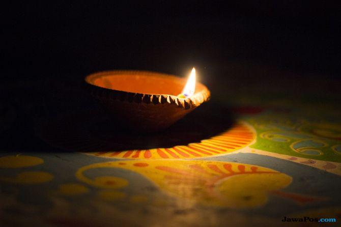 Praktek Mistik Dikaitkan 10 Mayat Keluarga India yang Tergantung