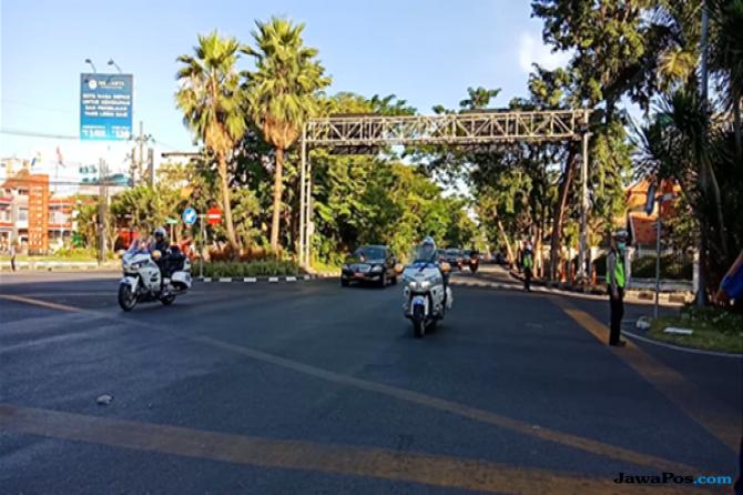 Presiden Jokowi Cek Lokasi Bom Bunuh Diri di GKI Diponegoro