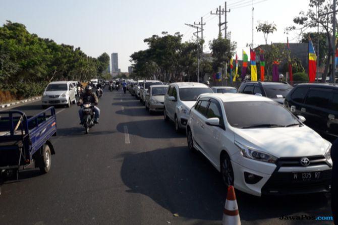 Promo Pertamax Murah Bank Mandiri, Kendaraan Mengular di Tiga SPBU