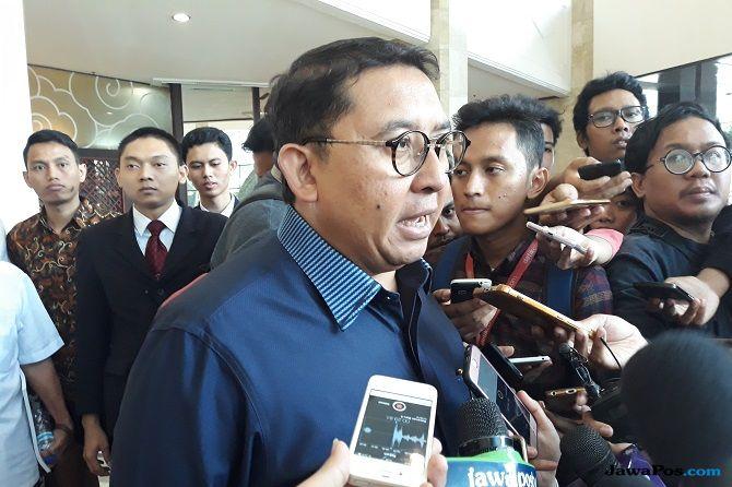 Wakil Ketua Umum Partai Gerakan Indonesia Raya (Gerindra) Fadli Zon menduga ada motif politik di balik penganiayaan yang menimpa Ratna Sarumpaet.