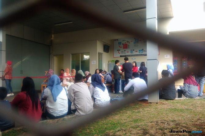 Sanak Keluarga dan Kerabat Ramai Berdatangan Besuk Tahanan KPK