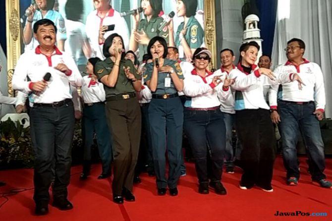 """Sayang"" Via Vallen Pincut Panglima TNI di KRI dr Soeharso"