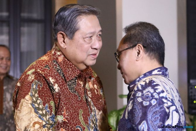 SBY dan Zulkifli Hasan