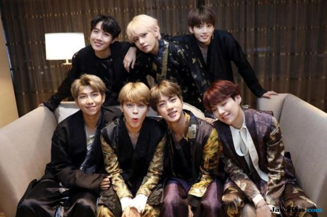 Sedang Mendunia, Warga Korea Malah Minta BTS Dibubarkan