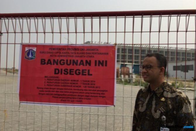 Senator Ini Banggakan Anies Karena Cabut Izin 13 Pulau Reklamasi