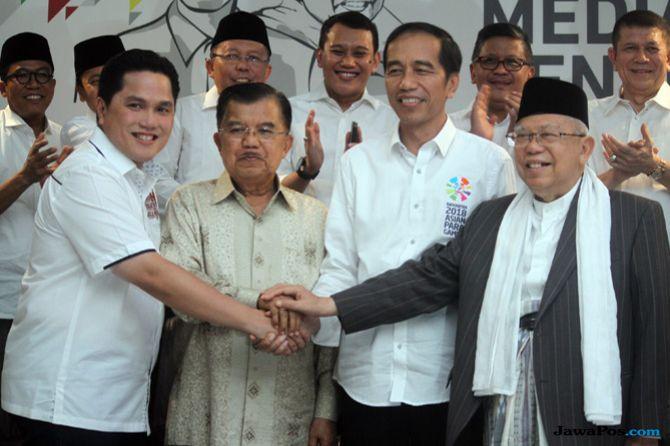 Ketua TKN KIK Erick Thohir (kiri) bersama capres Jokowi-Mak'ruf Amin