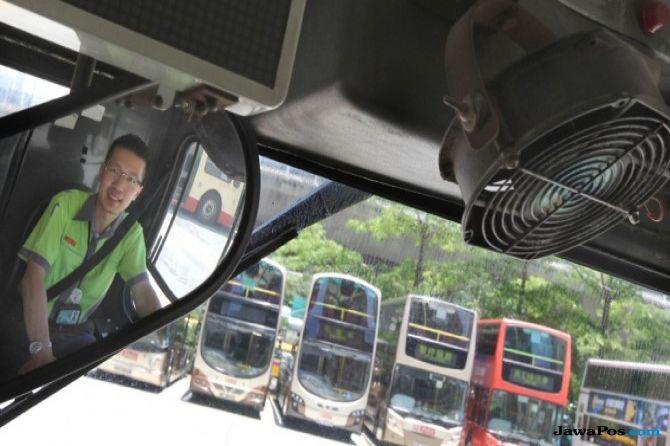 Sopir Mendadak Pingsan Saat Setir Bus, 30 Penumpang Nyaris Celaka