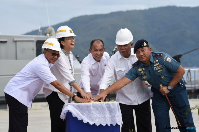 Sri Mulyani Resmikan Tempat Bersandar Kapal Perang Milik TNI-AL