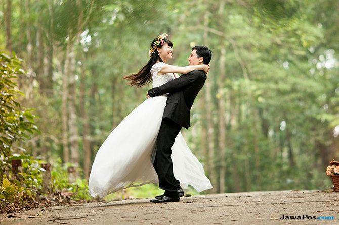 Supaya Bisa Dinikahkan, Umur Endang Disulap Jadi 18 Tahun