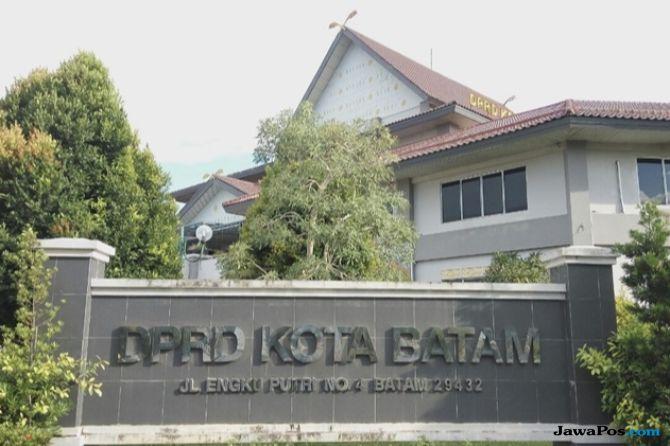Tak Ada CCTV, Kabar Mesum di DPRD Kota Batam Belum Terungkap