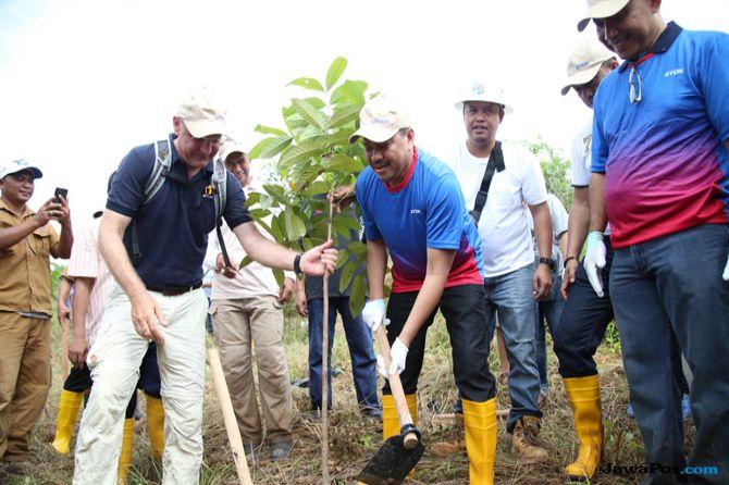 Tanam Seribu Pohon untuk Jaga Ketersediaan Air di Batam