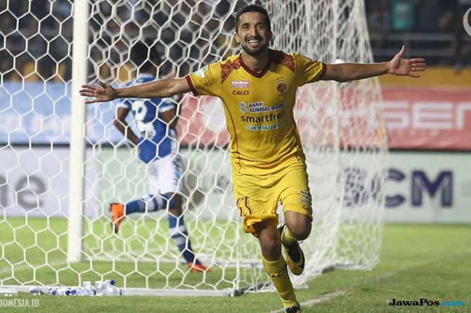 Manuchekhr Dzhalilov, Sriwijaya FC, Liga 1 2018, Arema FC, Zulfiandi