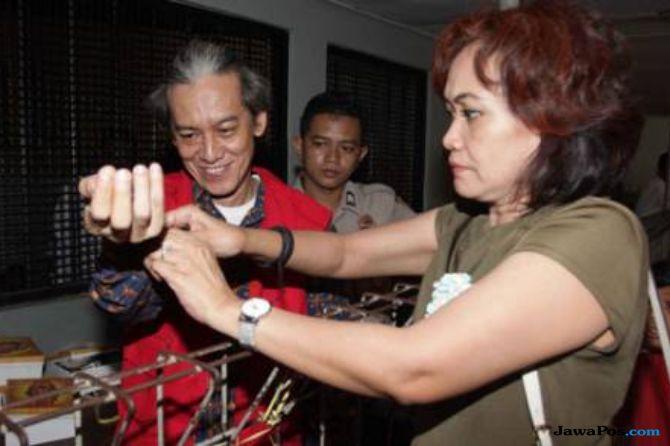 Tangkap Fariz RM, Polisi Sita 2 Bungkus Sabu Hingga Dumolit