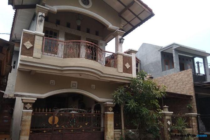Tertutup, Rumah Mewah Orang Tua Bripda PND Sepi