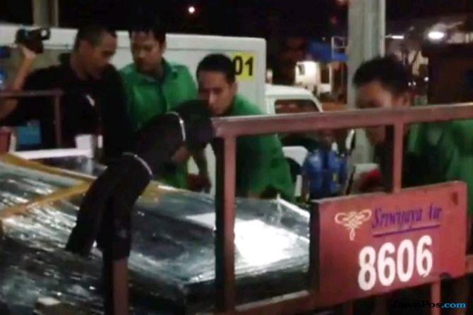 Tiba di Kualanamu, Jenazah Korban Langsung Dibawa ke Samosir