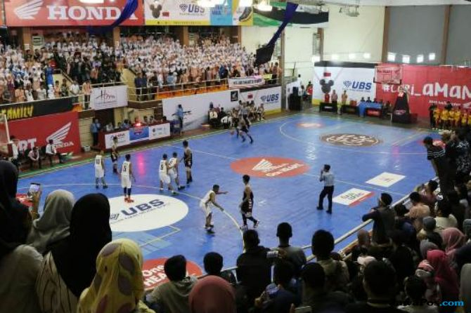 Honda DBL, Basket