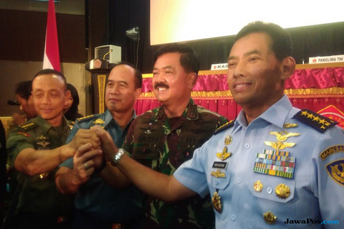 Panglima TNI Hadi