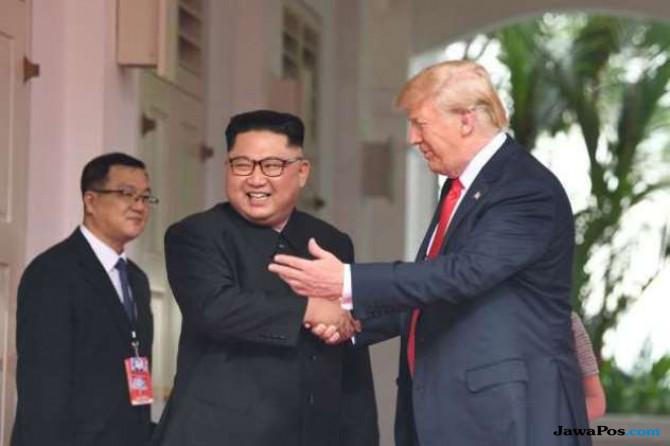 Trump Batalkan Latihan Militer dengan Korsel Demi Kim Jong Un