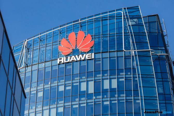 Trump Dalang Penangkapan Putri Pendiri Huawei di Kanada?