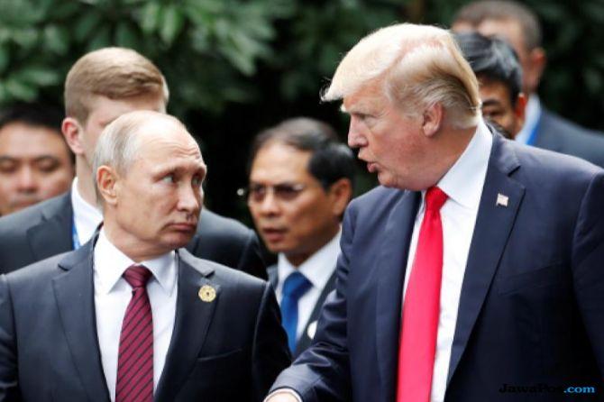 Trump Galau tak Bisa Tentukan Hubungannya dengan Putin