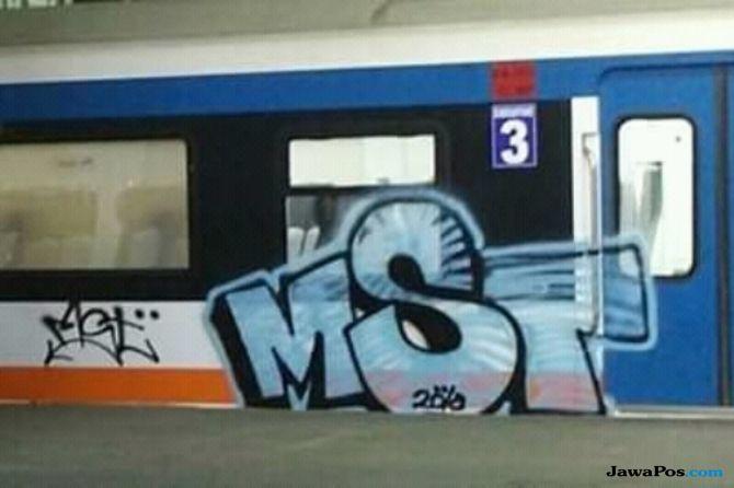 Vandalisme di Kereta Bandara, PT Railink Hapus Coretan dan Tak Lapor
