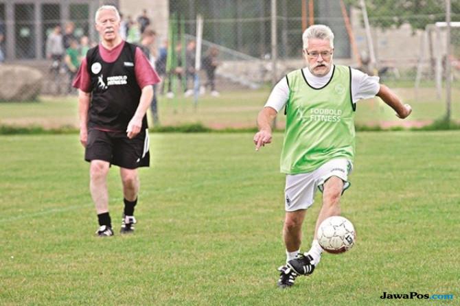 Waspada! Bermain Sepak Bola Picu Penyakit Jantung