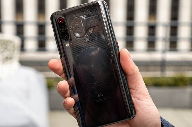 Xiaomi Mi 9 Punya Varian Tembus Pandang, Namanya Battle Angel